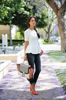 http://1.bp.blogspot.com/-nGbnOrkrK5E/UaOjaZkTXjI/AAAAAAAAJVI/DAt6oFfnB5o/s1600/miu_miu_shoes_vivaluxury.jpg