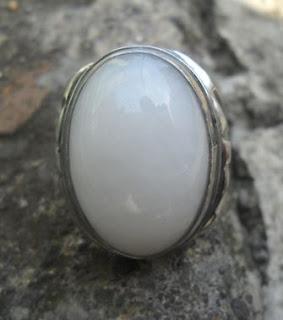 Batu Giok Putih