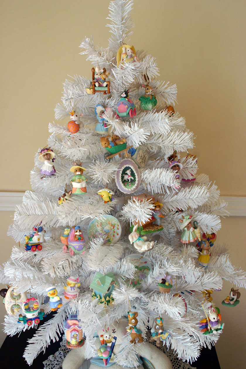 Decorate Christmas Tree For Easter : Etcetera hallmark easter ornament tree