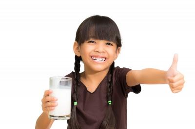 manfaat minum susu