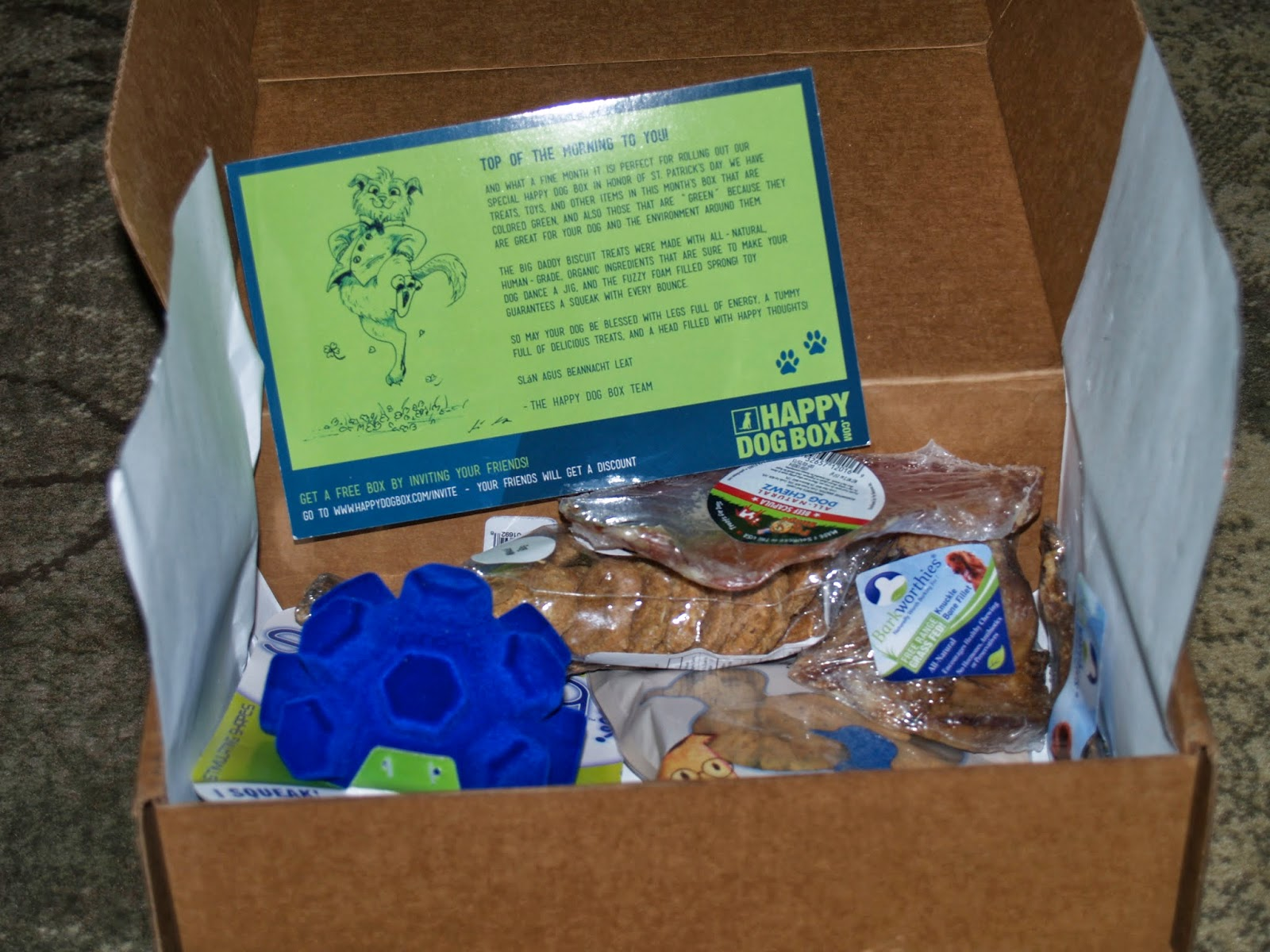Whats in a happy dog box