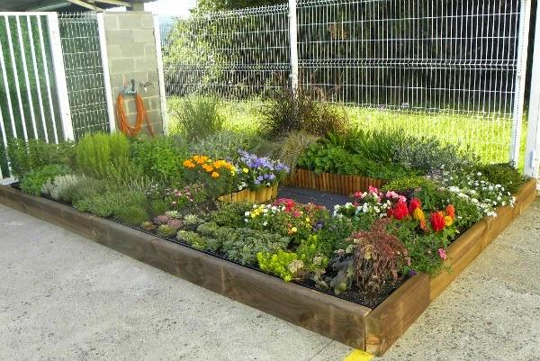 Cesped artificial jardin cuidar de tus plantas es for Como cuidar el pasto de mi jardin