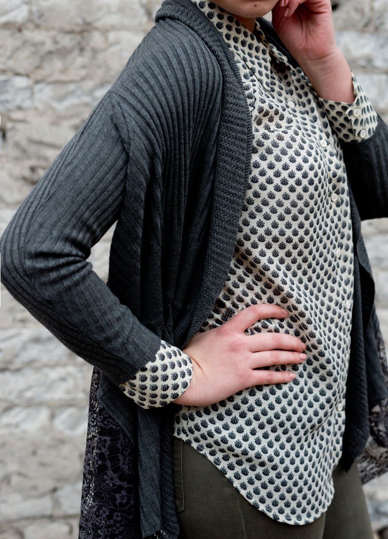 pretty blouse + fashion blogger