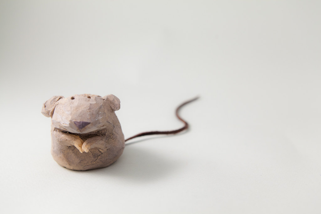murtiga - Mouse . Handmade Stoneware Sculpture