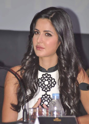 Katrina Kaif at Ethihad Next Stop Bollywood Dance Competetion pictures