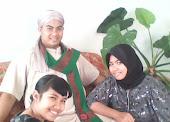 Ahmad Arrofiq Bersama Keluarga Tercinta