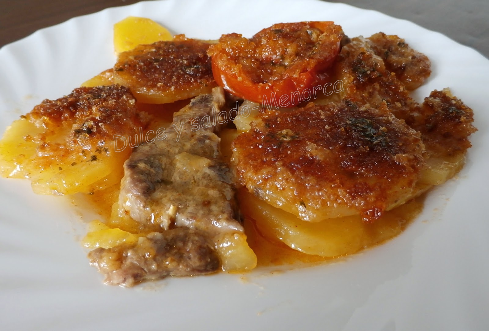 Dulce y salado menorca patatas asadas con chuletas de cordero - Chuletas de cordero al horno con patatas ...
