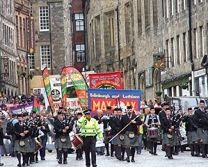 Edinburgh Mayday: Unions must give hope - Owen Jones