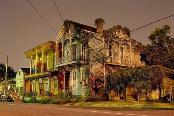 The Still Of The Night In New Orleans