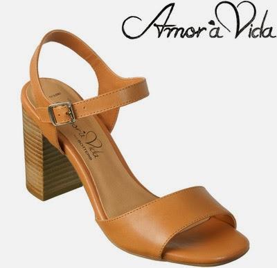sandálias Paloma amor à vida