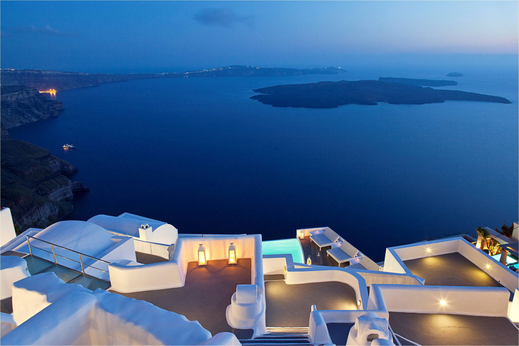 Passion for luxury superb katikies hotel in oia for Hotels santorin
