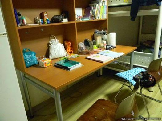 foto meja belajar anak perempuan