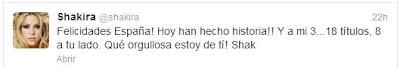 Tuit de Shakira felicitando a Piqué
