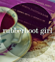 Rubberboot Girl