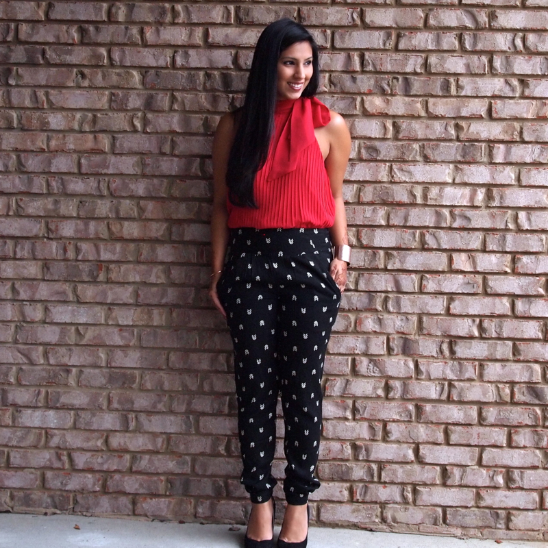 HOW TO WEAR PRINTED PANTS: Black & White Printed Arrow Trousers ...