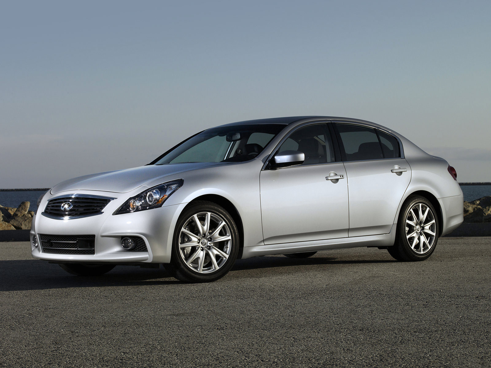 2010 infiniti g37 sedan car photos accident lawyers info. Black Bedroom Furniture Sets. Home Design Ideas