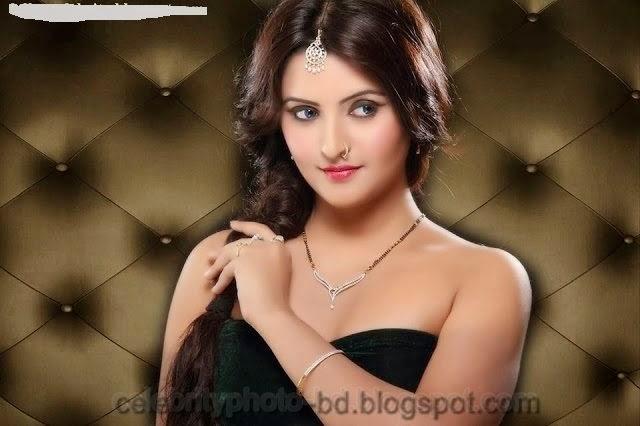 Bangladeshi+Super+Hot+And+Cute+Model+Pori+Moni's+HD+Photos010