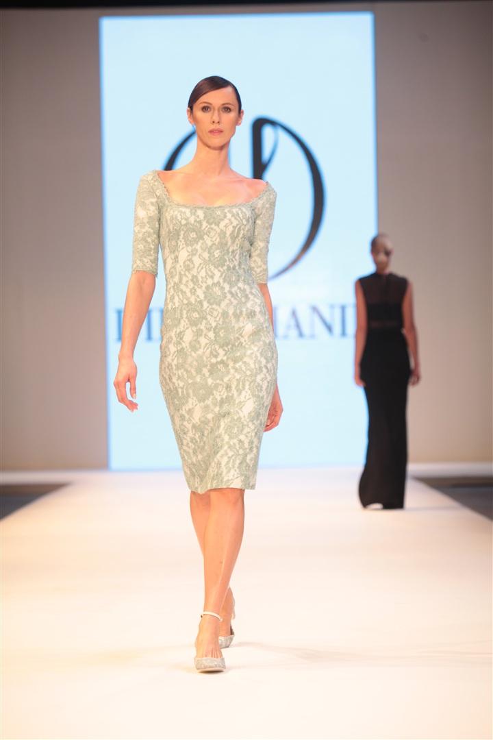 Dilek Hanif 2013 gece elbiseleri