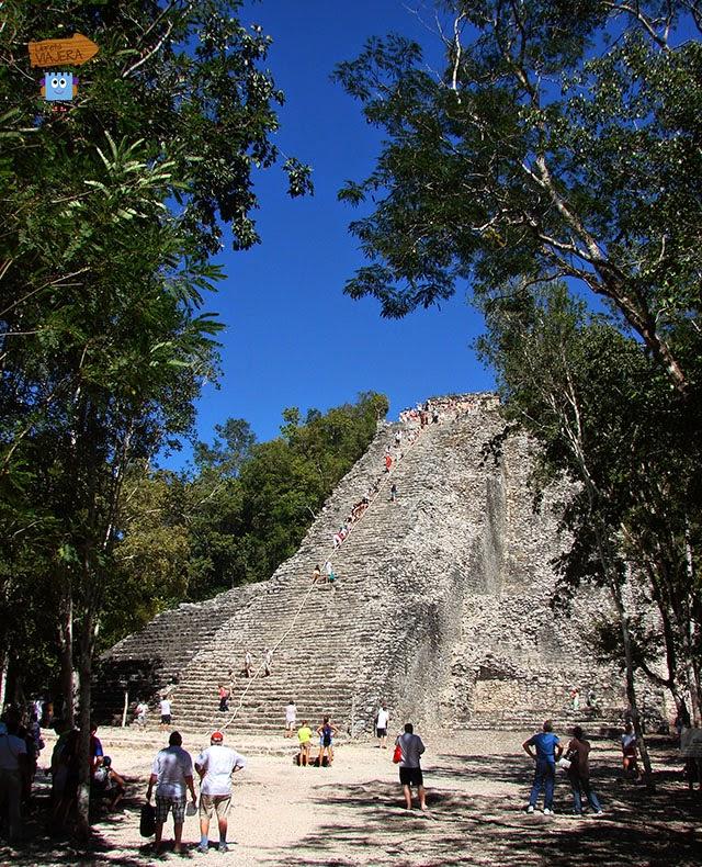 Pirámide Cobá