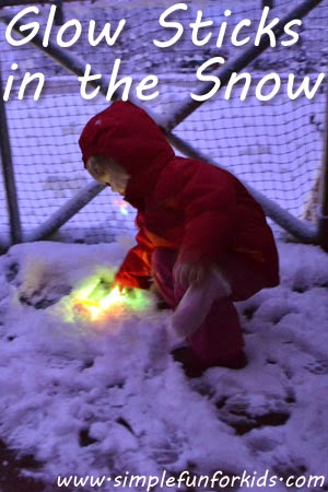 Fun Snow activities for kids.  Snow day ideas.  Snow Ice Cream.  Snow volcano.  Snow paint. Rainbow Ice Sun Catchers.  Snow Tic Tac Toe.  How to make Frozen Bubbles.  Snow Potatoheads.  Glowstick fun.