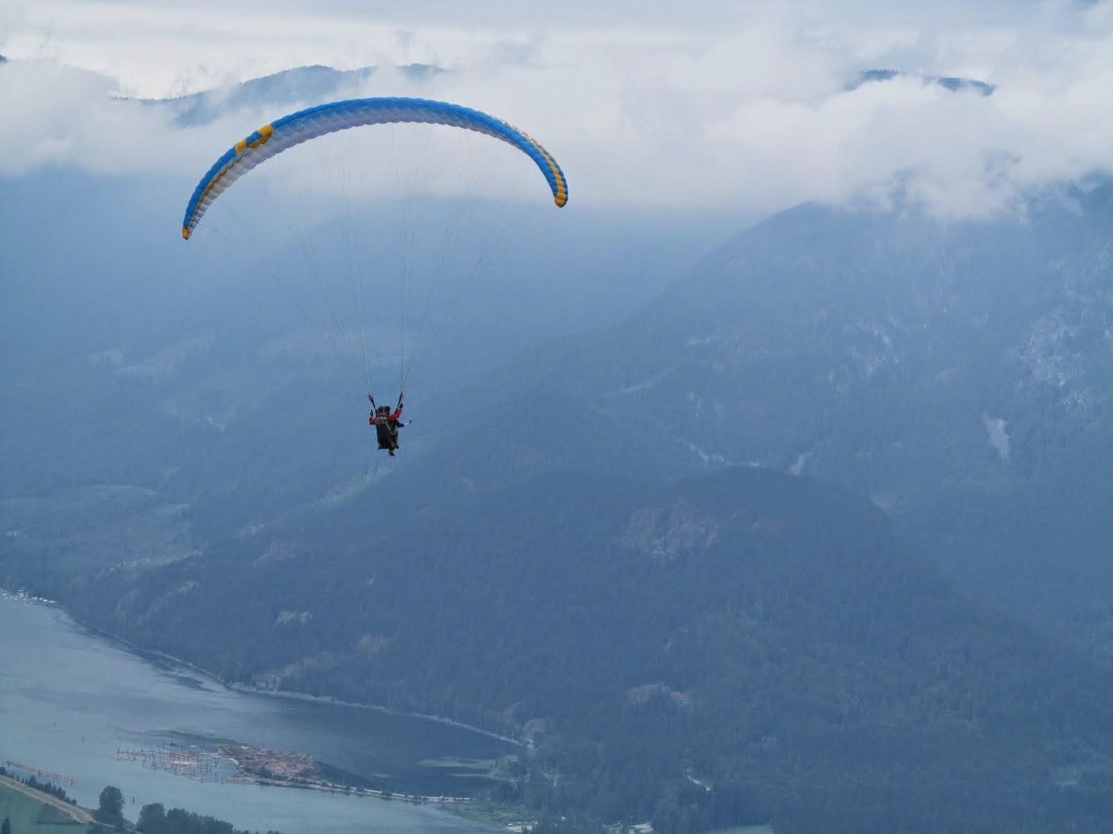 Tandem Paragliding at Mt Woodside