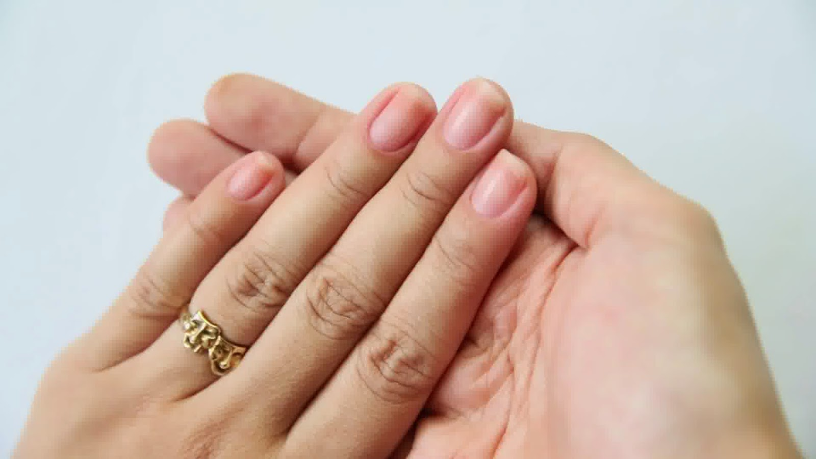 8 Health WARNINGS Your Fingernails May Be Sending