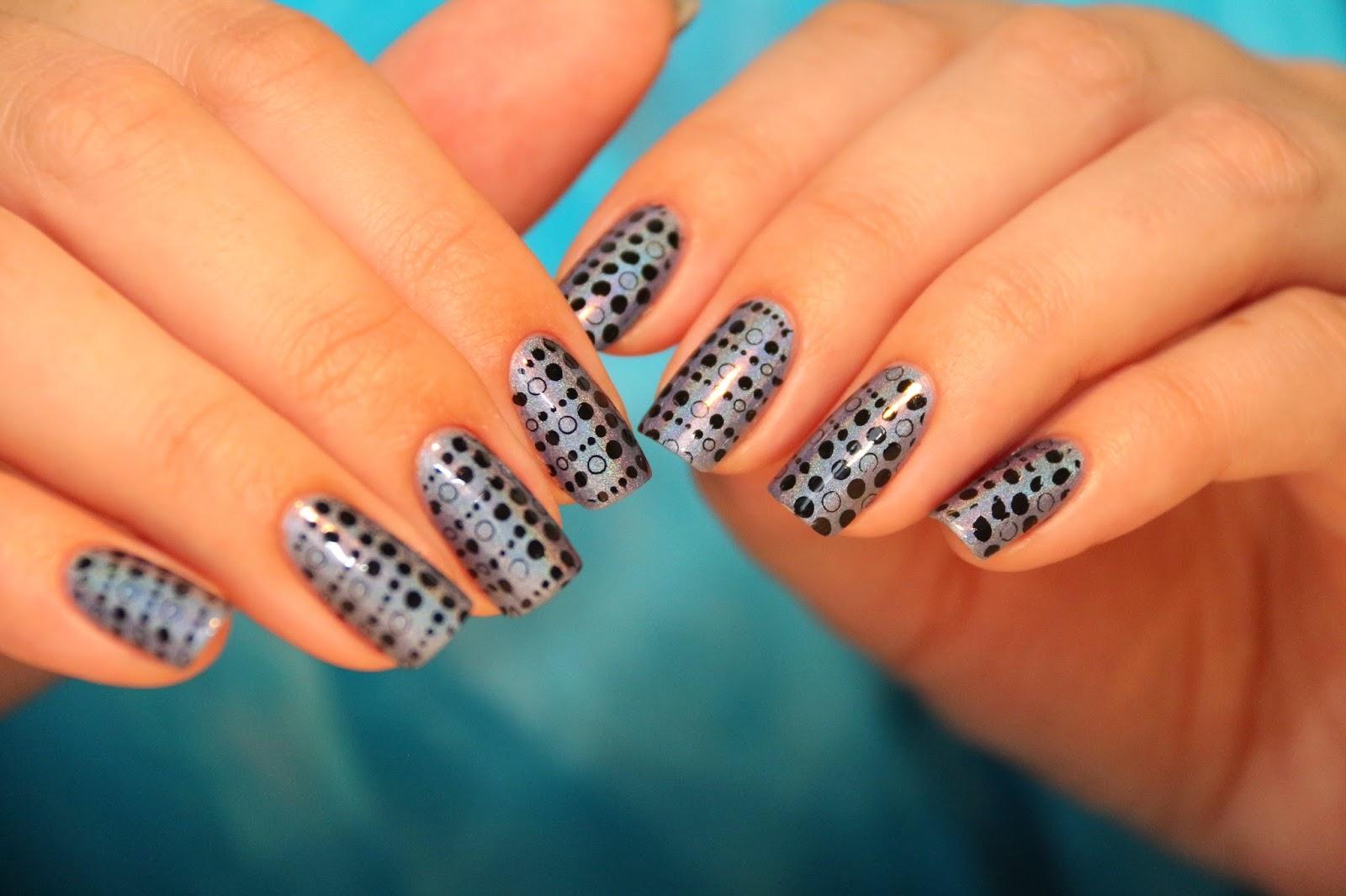 Фото дизайна ногтей стемпингом