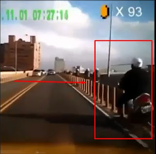 Lucu! Video Kecelakaan Ini Mirip Game Mario Bross