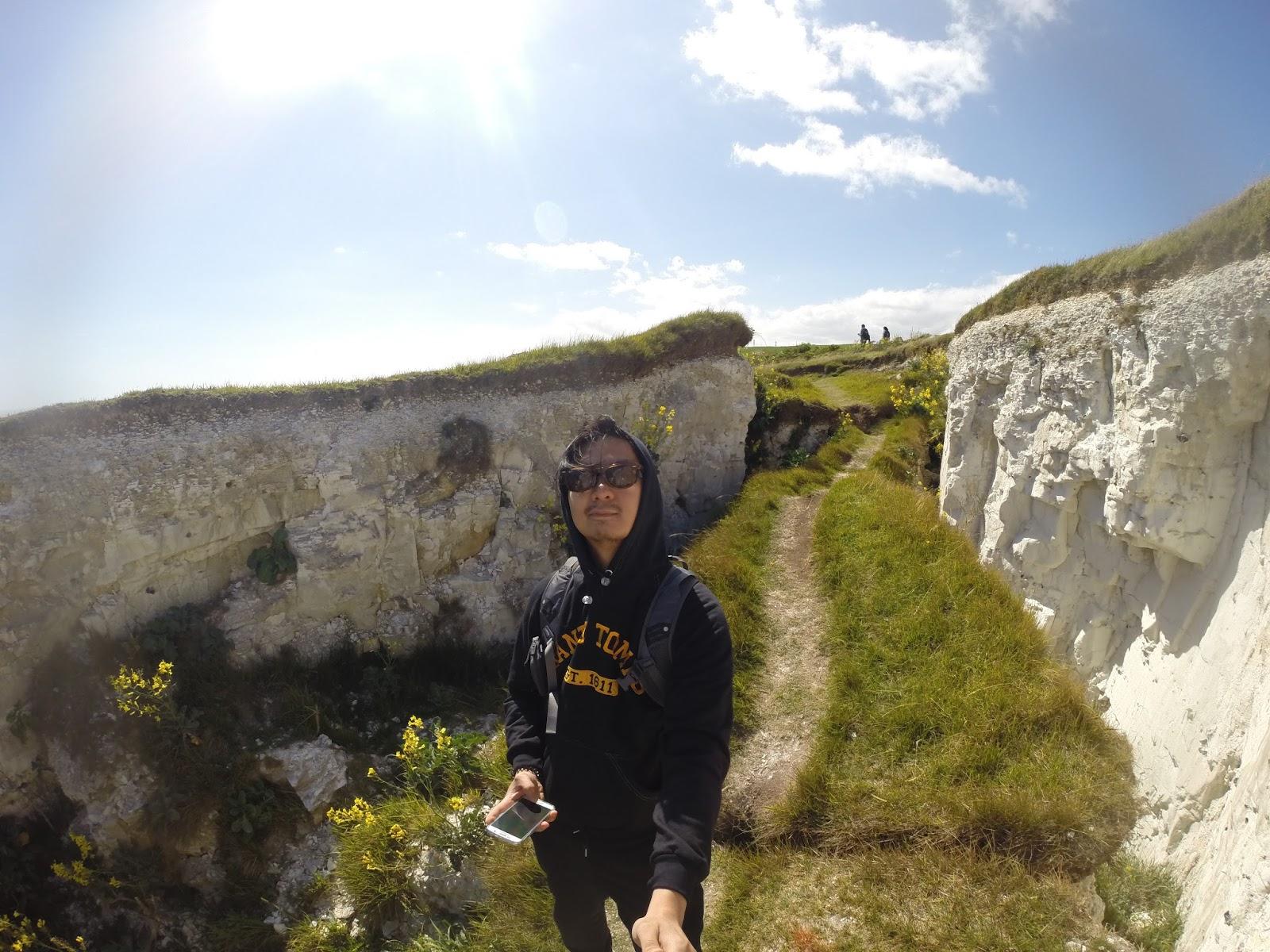 ManikVid: White Cliffs & I