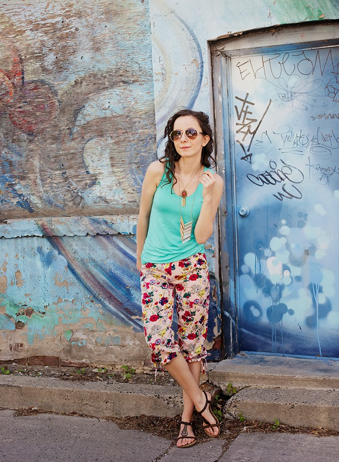 Floral-pants-harem-casual-chic-womens-fashion