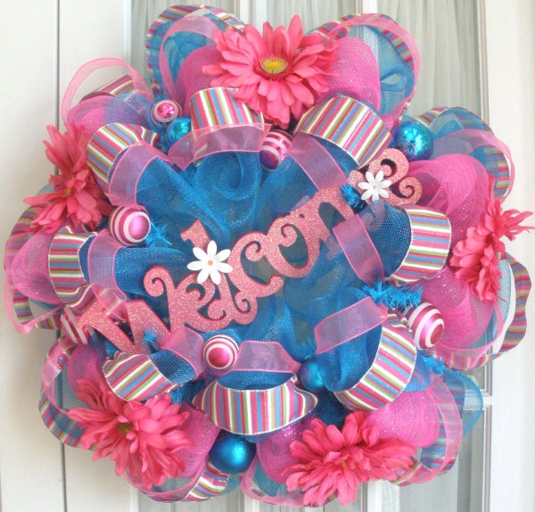 Deco mesh wreaths Making wreaths