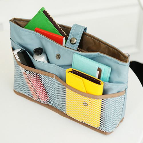 Jeri s organizing decluttering news got purse clutter - Organizer purses and handbags ...