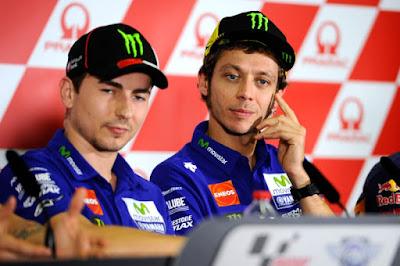 Rossi Anggap Lorenzo Sedang Tertekan Masalah Poin