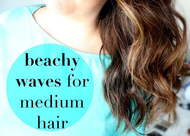 how to get beach waves, medium hairstyles, brunette hair, wavy hair, beach hair
