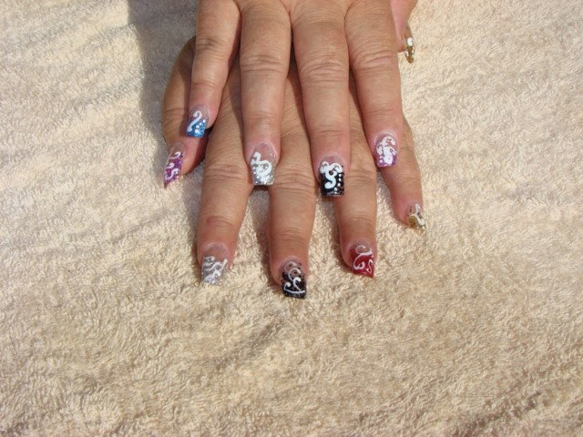 Custom laser glitter tips with various Nail Colors are here.