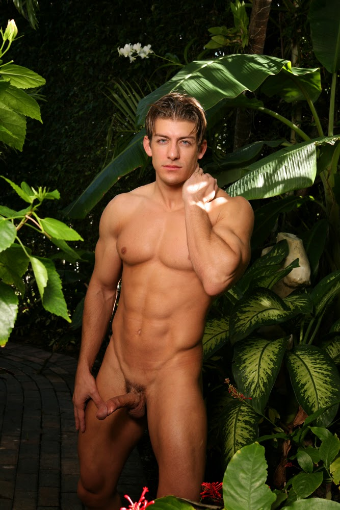 Zack Vazquez Naked 31