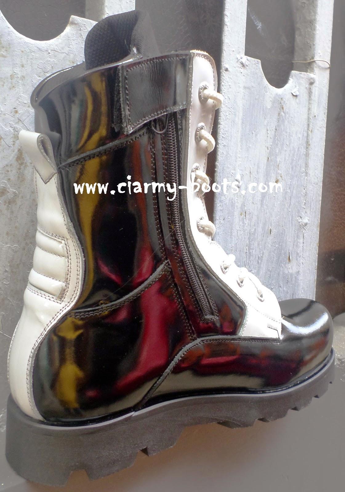 Sepatu PDL
