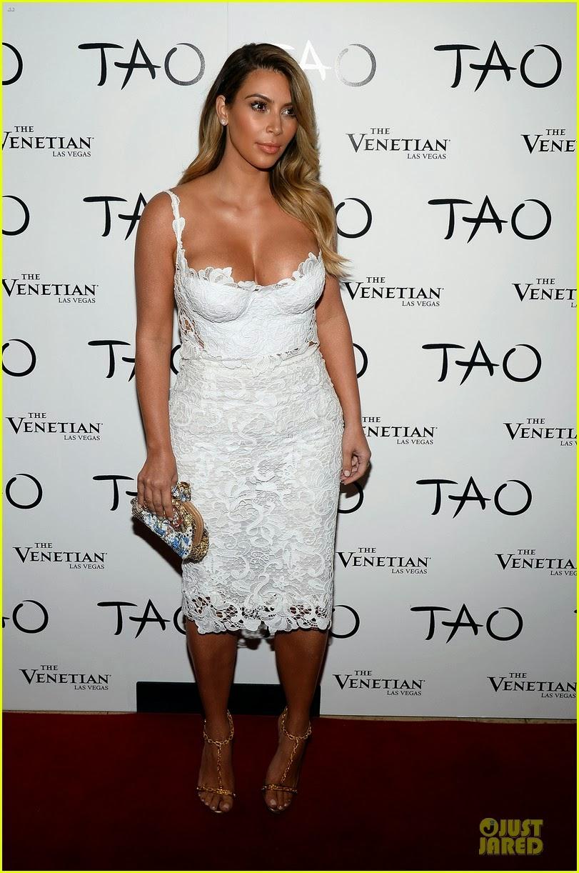 Celeb Diary: Kim Kardashian @ Tao Nightclub in Las Vegas Kim Kardashian 2013 October