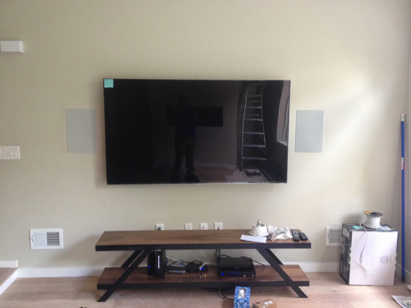 Generation 3 Electric, professional TV installation and wires hidden