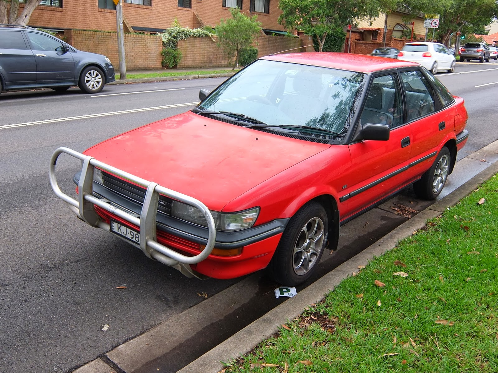 aussie old parked cars 1990 toyota corolla seca cs. Black Bedroom Furniture Sets. Home Design Ideas