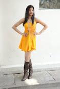 actress pragathi hot photos in yellow-thumbnail-11