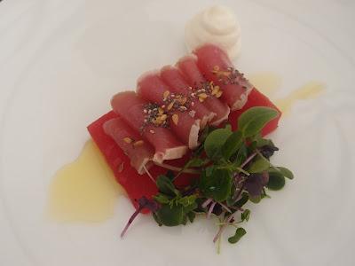 Rare yellowfin tataki