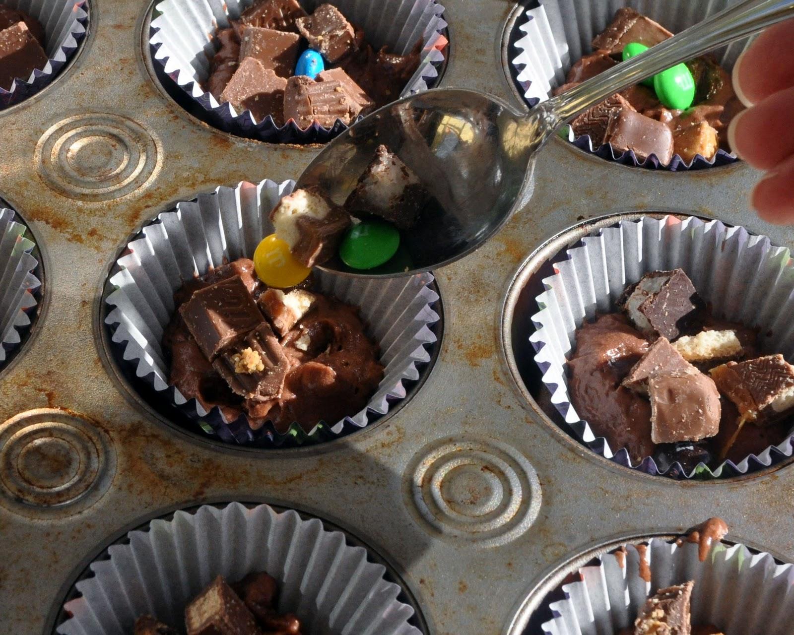 Beki Cook S Cake Blog Leftover Halloween Candy Cupcakes