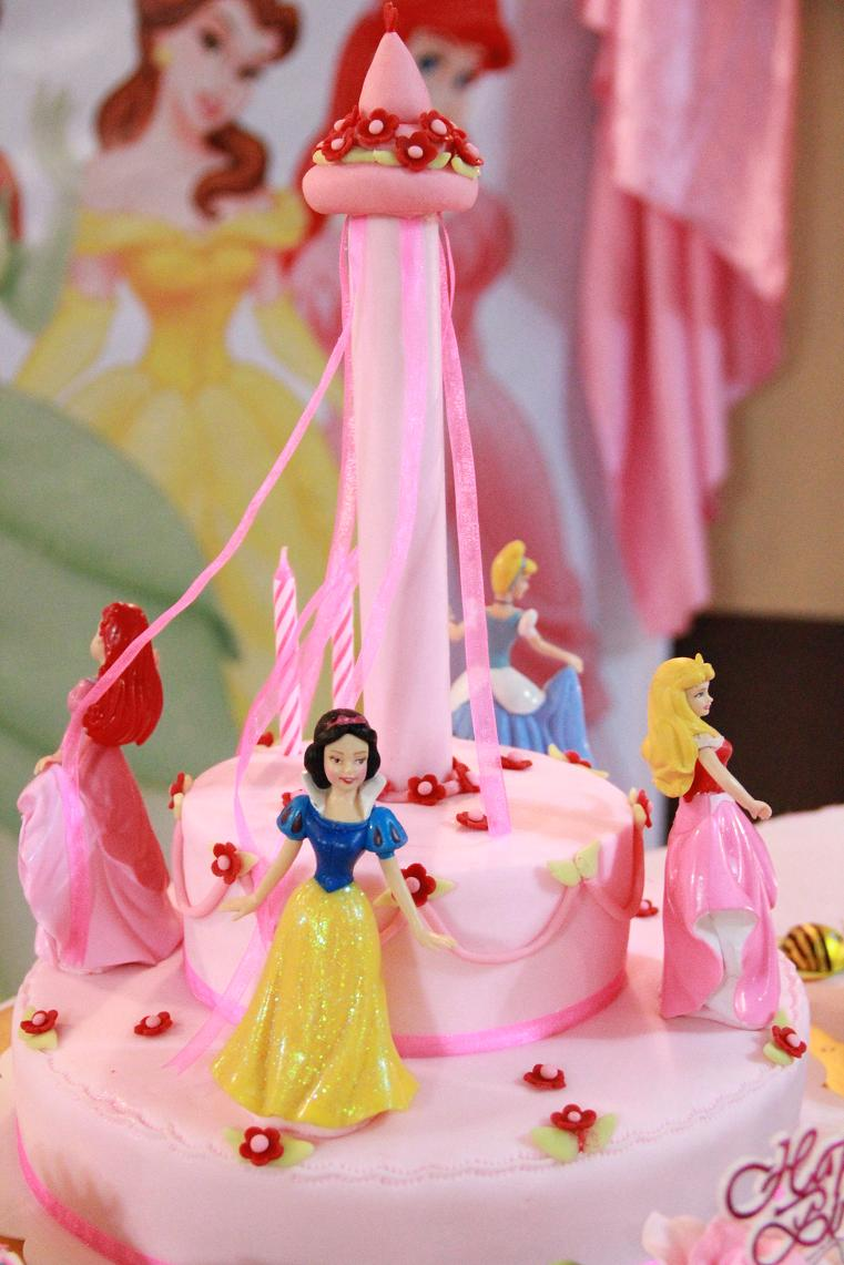 Mom And Daughter Cakes: Disney Princess Cake For 2 Years ...