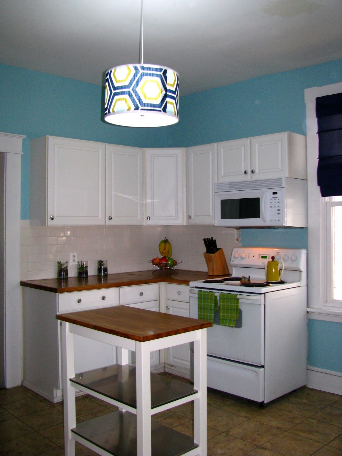 Remodelaholic kitchen remodel on the cheap for Inexpensive kitchen renovations