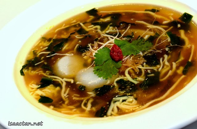 #4 Fresh Ginseng Broth with Duo Scallop (RM18++ per portion)