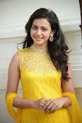 Rakul Preet Singh Gorgeous looking Photos-thumbnail-19