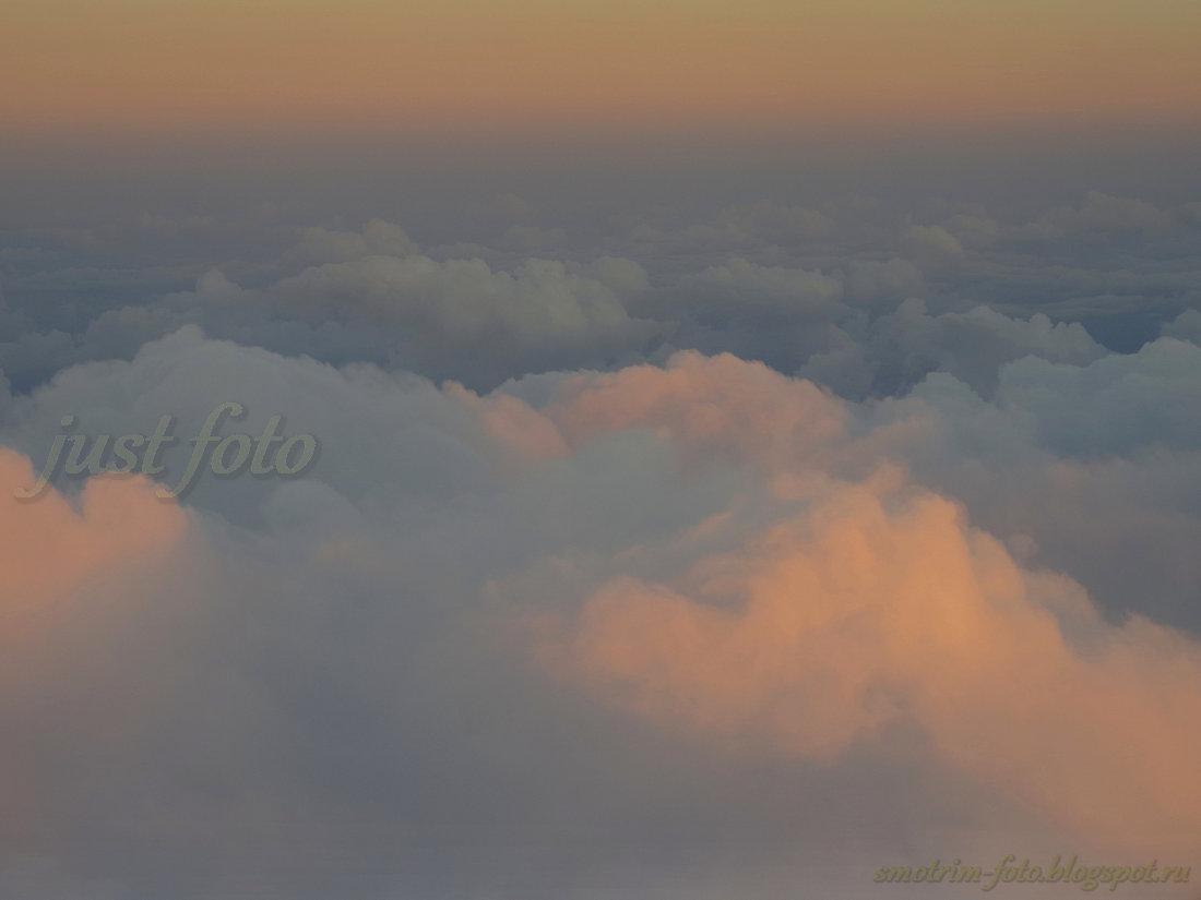 Облака под крылом