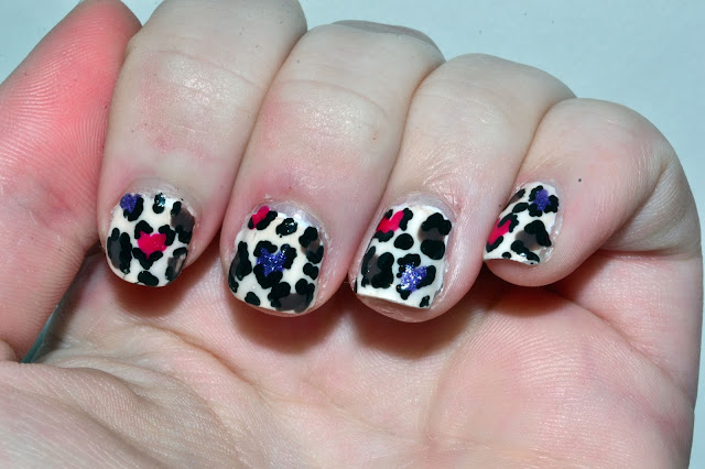 Heart Cheetah Print Nail Art by Elins Nails