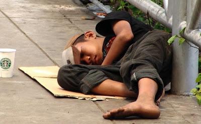 5 Hal Penyebab Kemiskinan